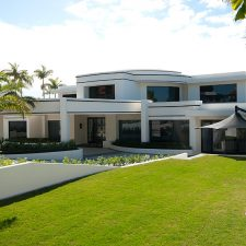 Hope Island Residence External 05