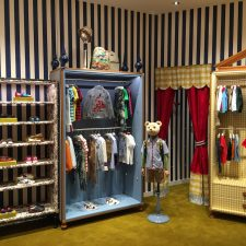 Gucci Kids Pacific Fair 03