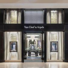 Van Cleef & Arpels Chadstone 01