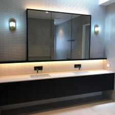 Griffith St Brisbane residential bathroom joinery 06